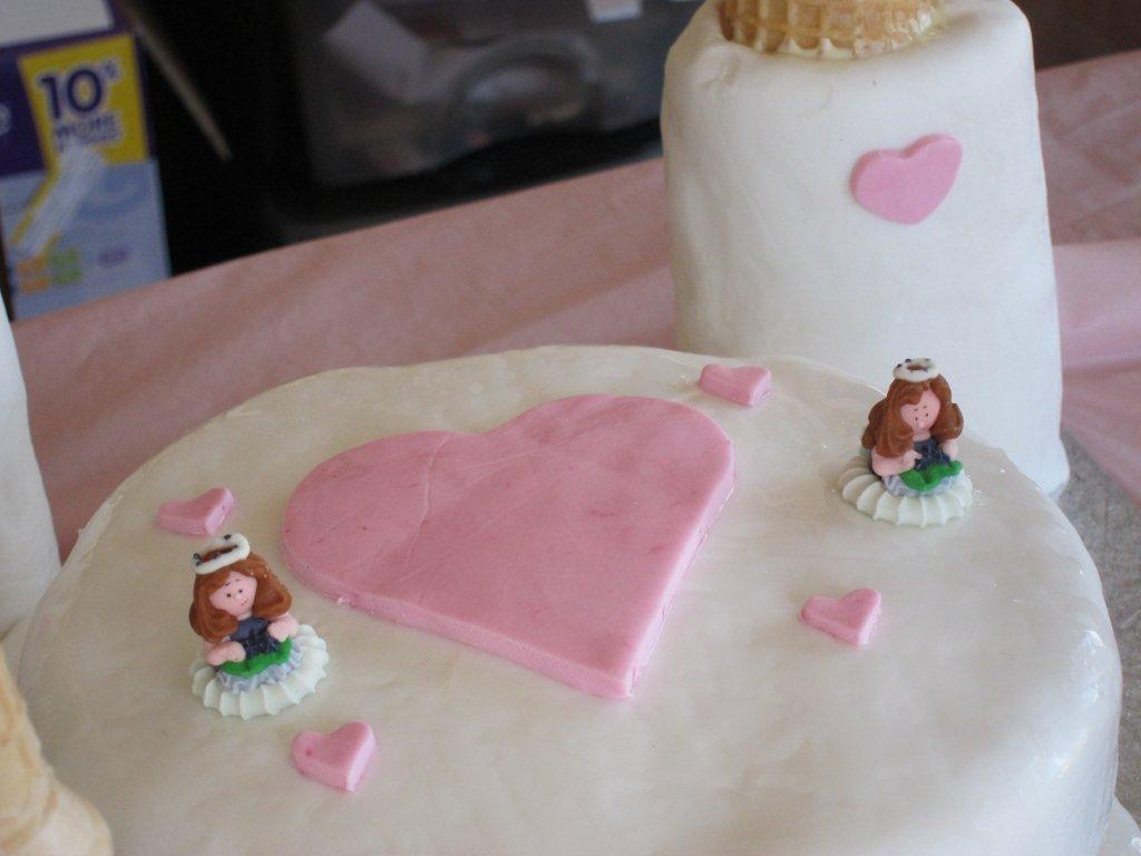 How To Make A Princess Castle Birthday Cake Just Hours Before The