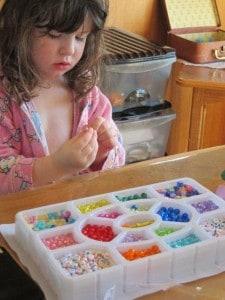 300-piece bead set