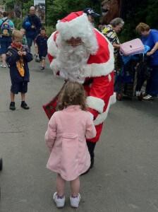 Melbourne Zoo Santa Claus