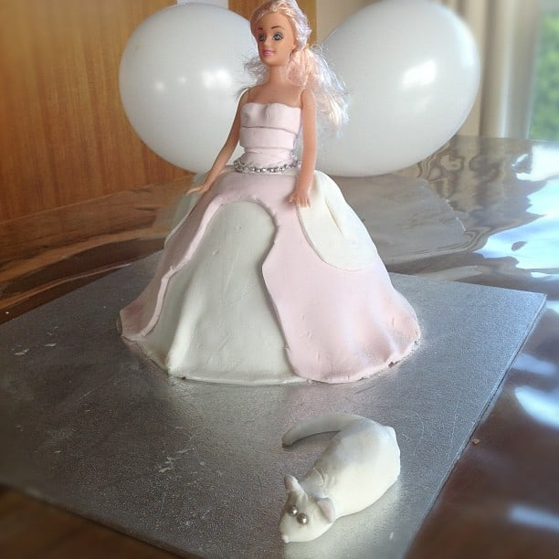 Dolly Vardon Cinderella Cake